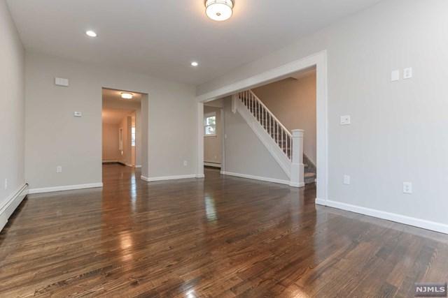 341 Weart Avenue, Lyndhurst, NJ 07071 (MLS #1843881) :: The Dekanski Home Selling Team
