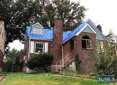 268 Whiteman Street, Fort Lee, NJ 07024 (MLS #1843886) :: William Raveis Baer & McIntosh