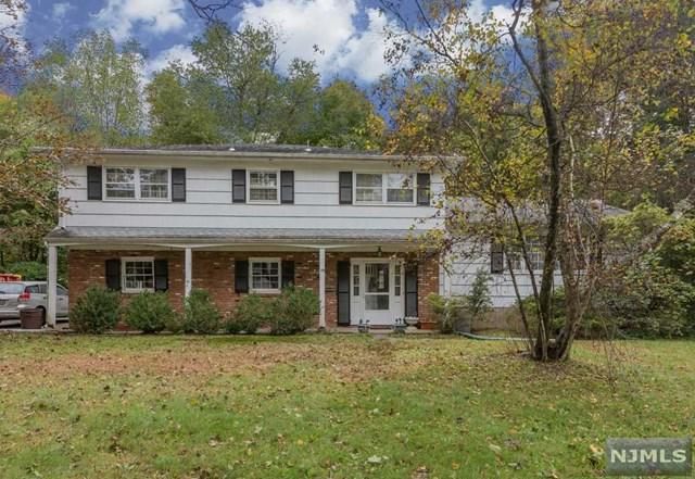 19 Valley Road, Allendale, NJ 07401 (MLS #1844019) :: The Dekanski Home Selling Team