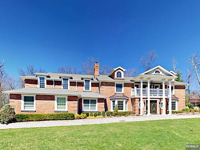 806 Iron Latch Road, Franklin Lakes, NJ 07417 (MLS #1844130) :: The Dekanski Home Selling Team