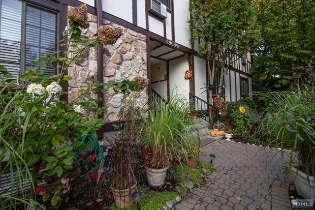 1524 Faulkner Court, Mahwah, NJ 07430 (MLS #1844150) :: The Dekanski Home Selling Team