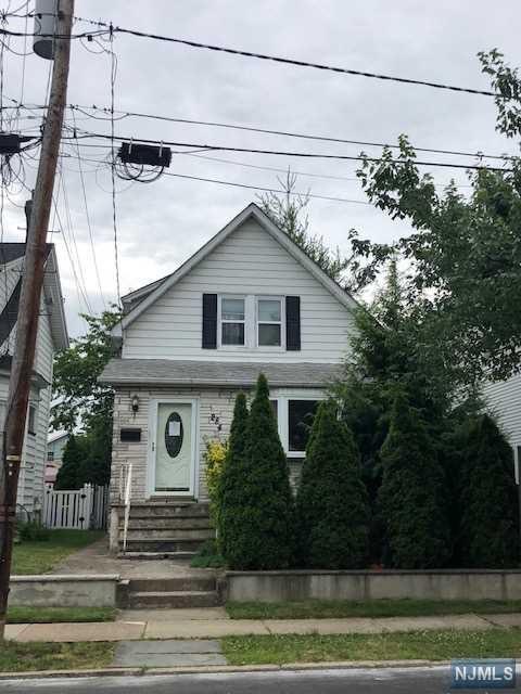 284 Lyndhurst Avenue, Lyndhurst, NJ 07071 (MLS #1844188) :: The Dekanski Home Selling Team