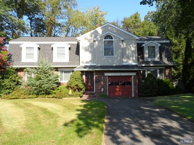 6 Fenway Court, River Edge, NJ 07661 (#1844225) :: RE/MAX Properties