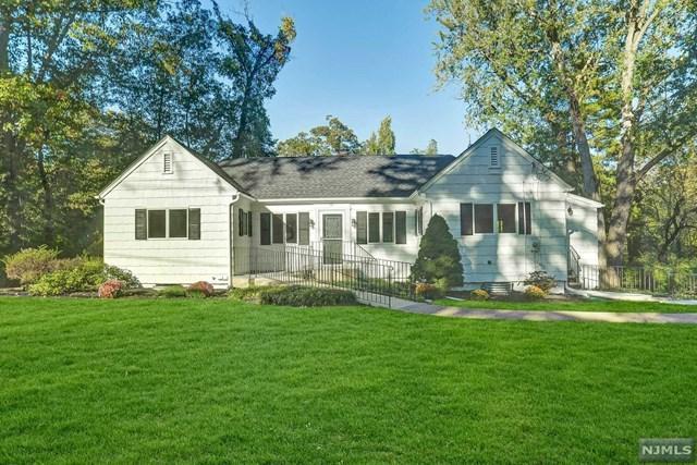66 Glen Road, Woodcliff Lake, NJ 07677 (#1844609) :: RE/MAX Properties