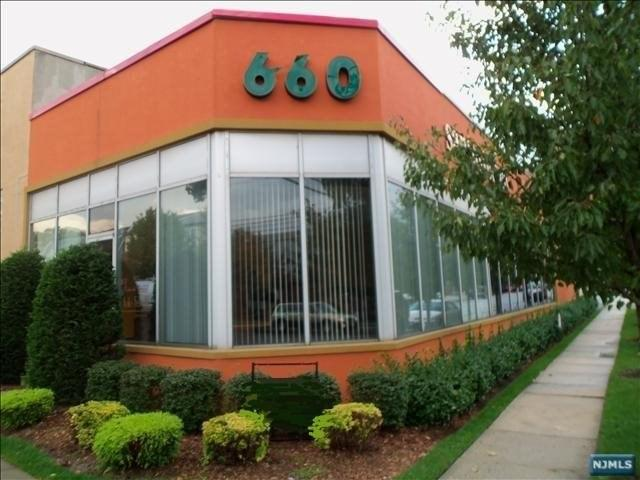 660 Bergen Boulevard, Ridgefield, NJ 07657 (#1844965) :: Group BK