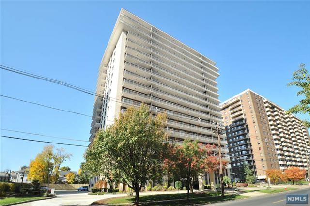 151 Prospect Avenue 5B, Hackensack, NJ 07601 (#1845067) :: RE/MAX Properties