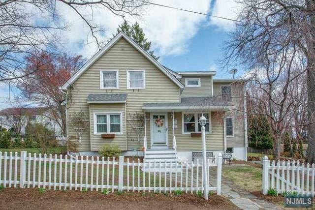 38 Hillside Avenue, Emerson, NJ 07630 (#1845150) :: Group BK