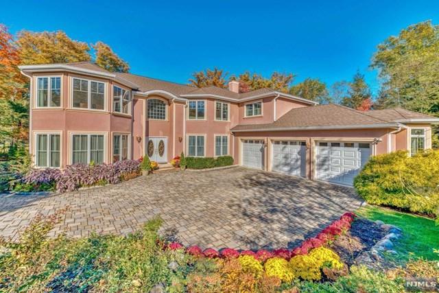 12 Folding Farm Court, Woodcliff Lake, NJ 07677 (MLS #1845292) :: The Dekanski Home Selling Team