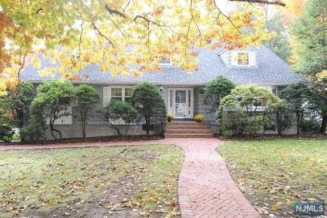 40 Ardmore Road, Ho-Ho-Kus, NJ 07423 (#1845765) :: RE/MAX Properties