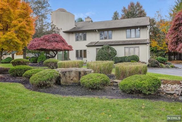 18 Oak Place, North Caldwell, NJ 07006 (MLS #1846079) :: William Raveis Baer & McIntosh
