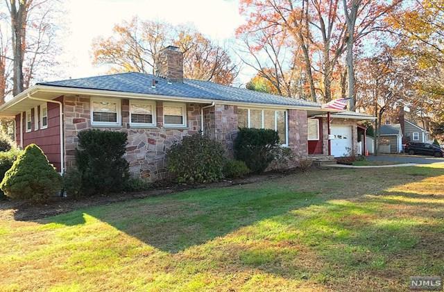 38 Hillside Drive, Bloomingdale, NJ 07403 (MLS #1846444) :: William Raveis Baer & McIntosh