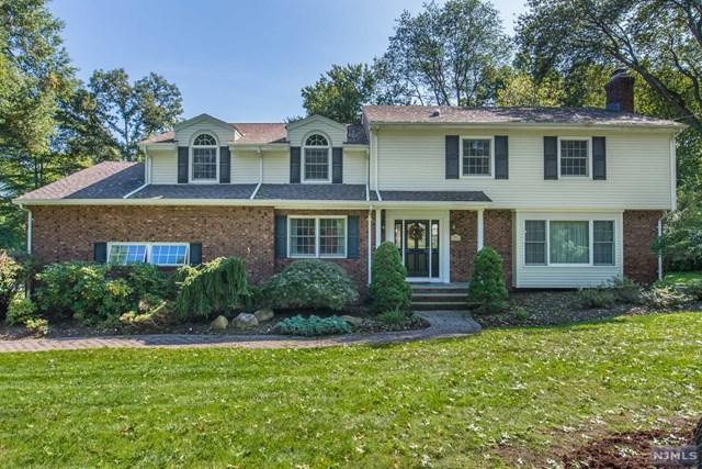 720 Birchwood Drive, Wyckoff, NJ 07481 (#1846560) :: RE/MAX Properties