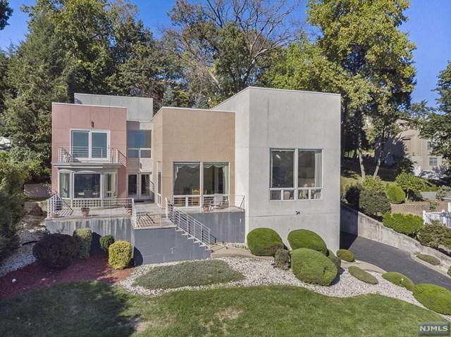 650 5th Street, Carlstadt, NJ 07072 (#1846583) :: Berkshire Hathaway HomeServices Abbott Realtors
