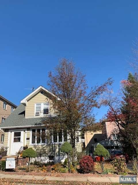 457 Lafayette Avenue, Cliffside Park, NJ 07010 (#1846652) :: RE/MAX Properties