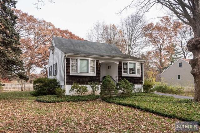 6 Evergreen Street, Woodcliff Lake, NJ 07677 (#1846885) :: RE/MAX Properties
