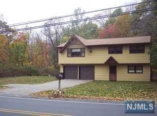 209 Wills Avenue, Hopatcong, NJ 07843 (MLS #1847106) :: William Raveis Baer & McIntosh