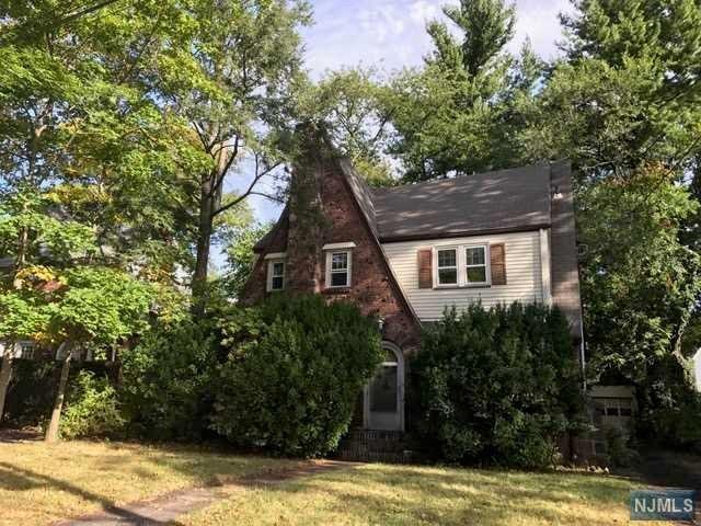 491 Claremont Avenue, Teaneck, NJ 07666 (#1847113) :: Group BK