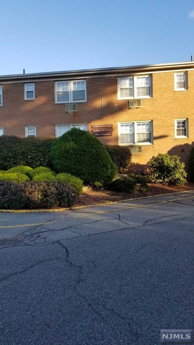605 Grove Street H8, Clifton, NJ 07013 (#1847187) :: Group BK