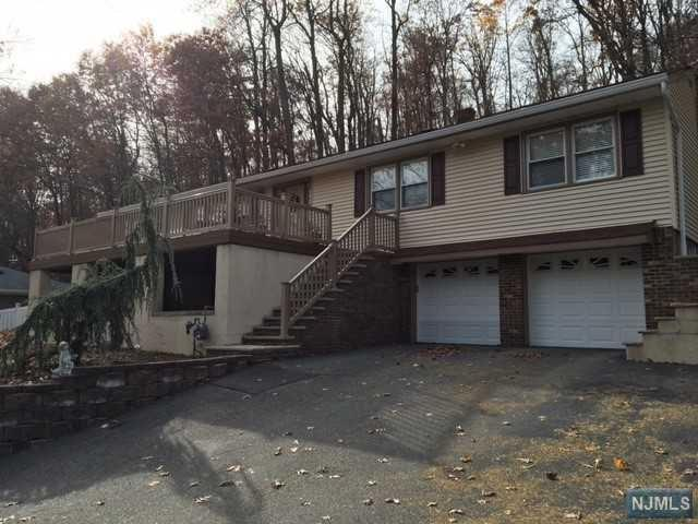 131 Degray Street, North Haledon, NJ 07508 (#1847239) :: Group BK