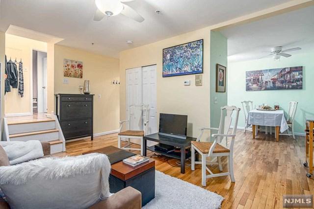 440 Jersey Avenue 2R (2A), Jersey City, NJ 07302 (MLS #1847259) :: The Sikora Group