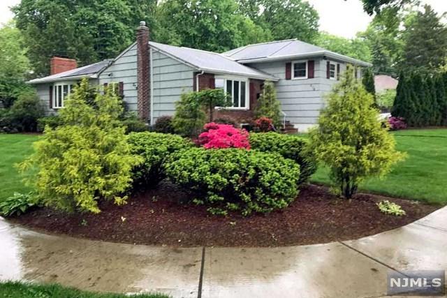 276 Beechwood Road, Oradell, NJ 07649 (#1847299) :: RE/MAX Properties