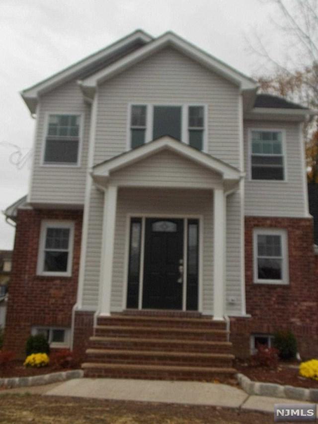 200 Hillside Avenue, Teaneck, NJ 07666 (#1847302) :: Group BK