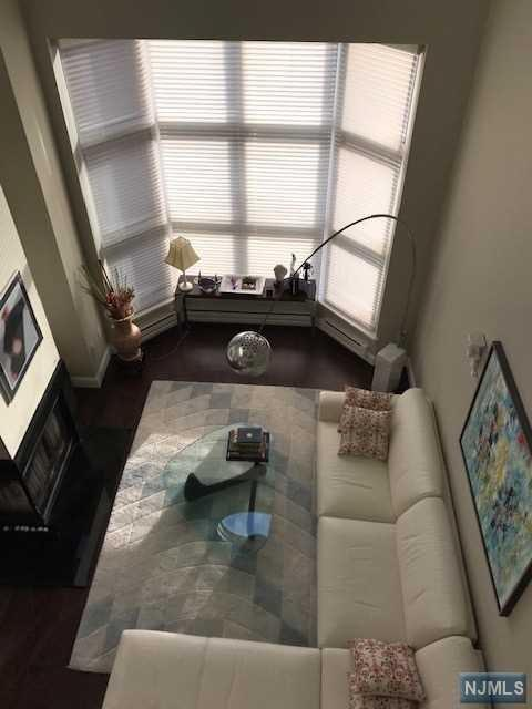 307 Chase Court, Edgewater, NJ 07020 (#1847341) :: Group BK