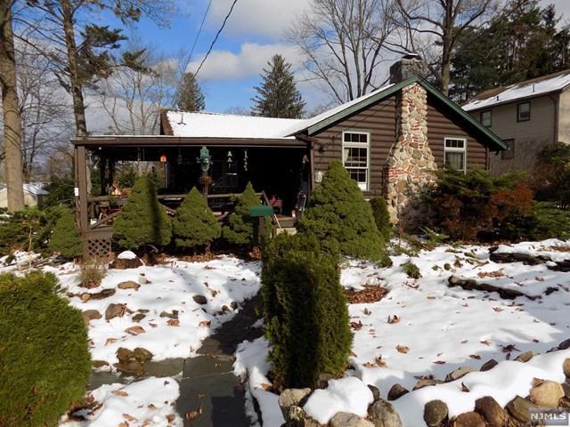 35 Lenape Trail, Wayne, NJ 07470 (MLS #1847491) :: William Raveis Baer & McIntosh