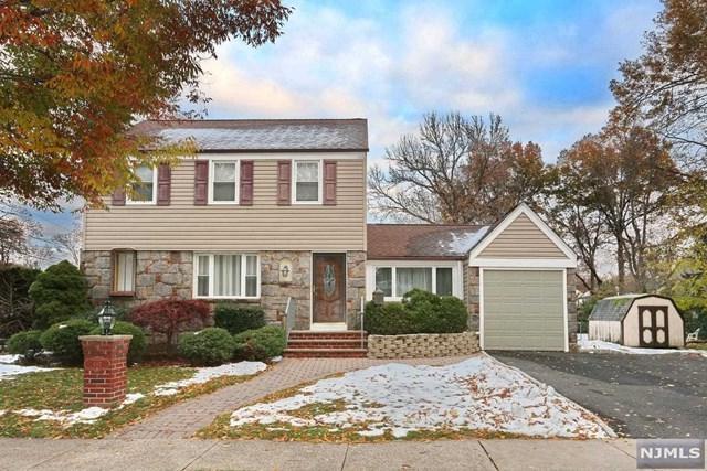 492 Elm Avenue, River Edge, NJ 07661 (#1847614) :: Group BK