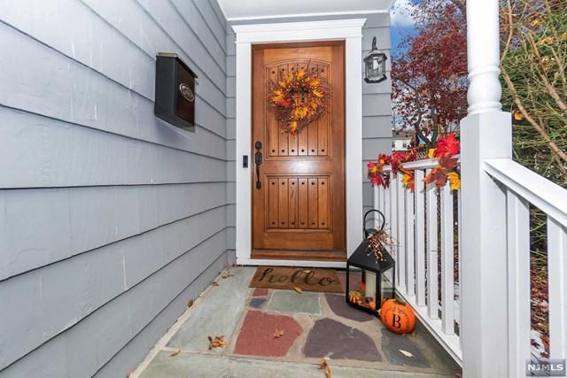 404 Alpine Terrace, Ridgewood, NJ 07450 (#1847649) :: Group BK