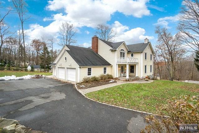 6 Stevenson Lane, Upper Saddle River, NJ 07458 (MLS #1847992) :: William Raveis Baer & McIntosh