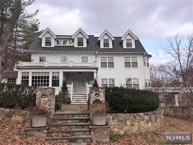 8 Etheridge Place, Park Ridge, NJ 07656 (#1848613) :: Group BK