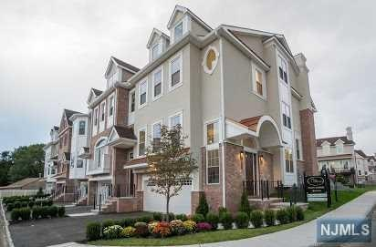 206 Premier Way #206, Montvale, NJ 07645 (MLS #1848683) :: The Dekanski Home Selling Team