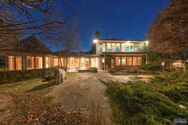 23 Chittenden Road, Fair Lawn, NJ 07410 (#1848686) :: Berkshire Hathaway HomeServices Abbott Realtors