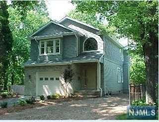 37 Oak Street, Closter, NJ 07624 (MLS #1848906) :: William Raveis Baer & McIntosh