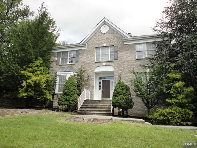 1 Cliff Road, Wayne, NJ 07470 (MLS #1849035) :: The Dekanski Home Selling Team