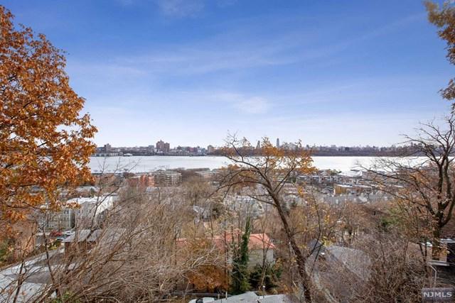 1 Old Wood Road, Edgewater, NJ 07020 (MLS #1849107) :: William Raveis Baer & McIntosh