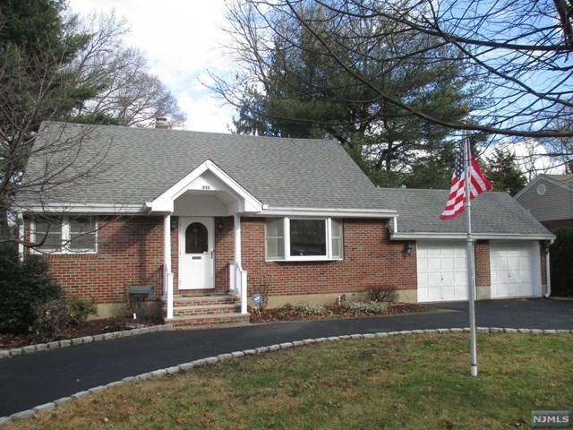 253 Oradell Avenue, Paramus, NJ 07652 (#1849237) :: Group BK