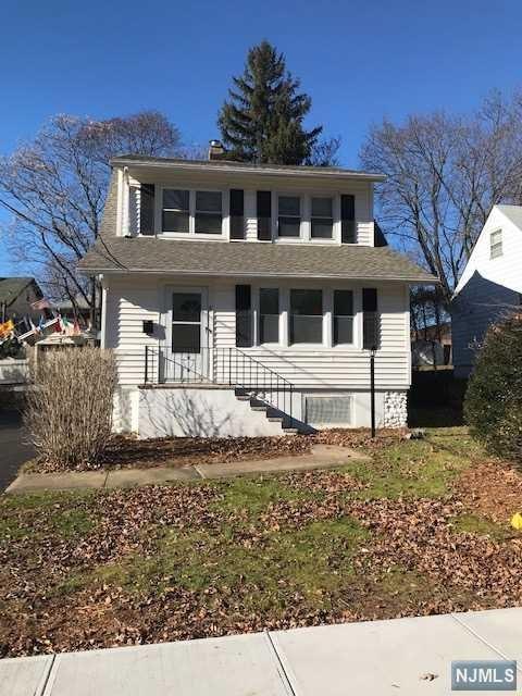 9 Chestnut Street, Caldwell, NJ 07006 (MLS #1849446) :: William Raveis Baer & McIntosh