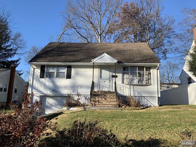 101 Pinecrest Terrace, Wayne, NJ 07470 (MLS #1849489) :: The Dekanski Home Selling Team