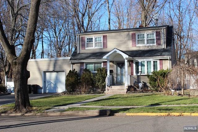 1094 Arlington Road, New Milford, NJ 07646 (MLS #1849659) :: William Raveis Baer & McIntosh