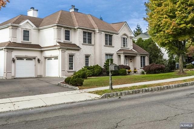 29 Almadera Drive, Wayne, NJ 07470 (MLS #1849733) :: The Dekanski Home Selling Team