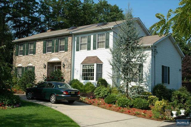 530 W Saddle River Road, Ridgewood, NJ 07450 (MLS #1849775) :: William Raveis Baer & McIntosh