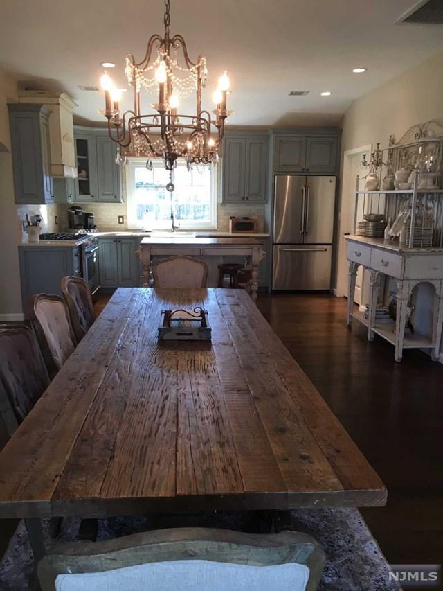 10 Furno Place, Wayne, NJ 07470 (MLS #1849794) :: The Dekanski Home Selling Team