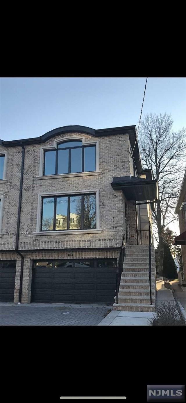 30 W Central Boulevard B, Palisades Park, NJ 07650 (MLS #1849858) :: The Dekanski Home Selling Team