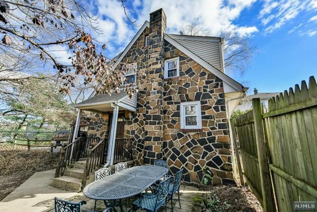 2441B 1st Street, Fort Lee, NJ 07024 (MLS #1849864) :: William Raveis Baer & McIntosh