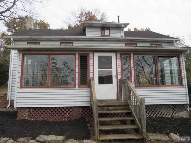 68 Libertyville Road, Wantage, NJ 07461 (MLS #1850332) :: William Raveis Baer & McIntosh