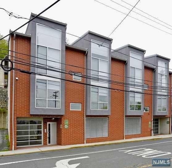 8917 Old River Road #8, North Bergen, NJ 07047 (#1900376) :: Group BK
