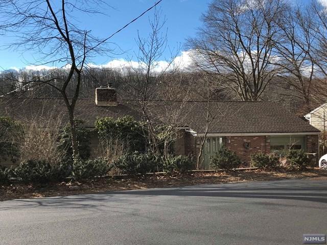 127 High Crest Drive, West Milford, NJ 07480 (#1900904) :: Group BK