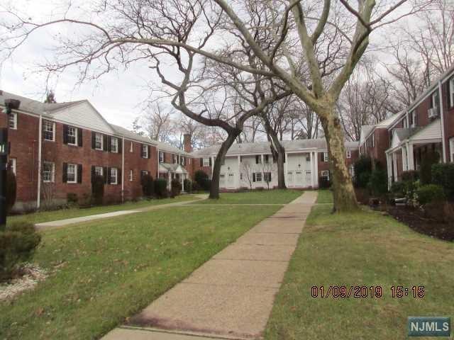 191 Knickerbocker Road #11, Englewood, NJ 07631 (#1901427) :: Group BK